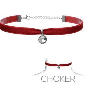 Red Chocker